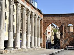 dettaglio delle colonne di San Lorenzo