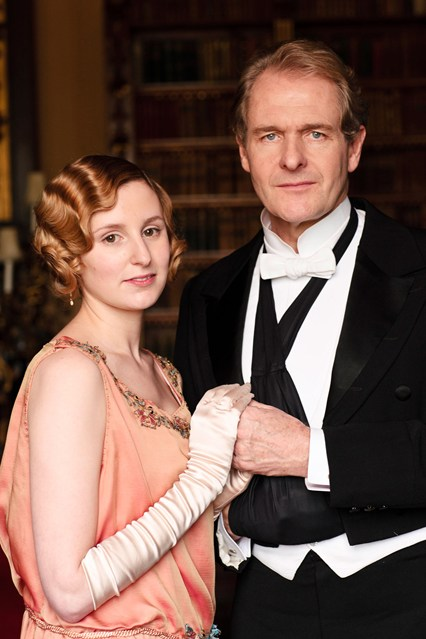 Downton-Abbey-Edith2-Vogue-30Apr13-ITV_b_426x639
