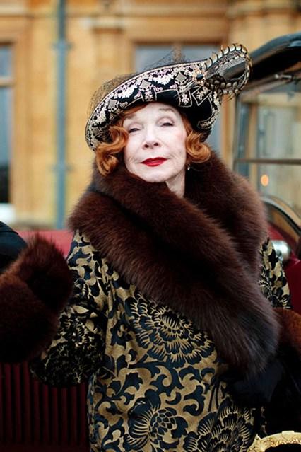 Downton-Abbey-Martha-Vogue-30Apr13-ITV_b_426x639